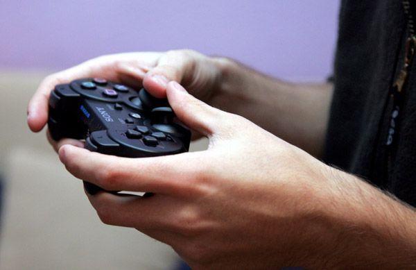 Usar control de PS4 en la computadora es sencillo.