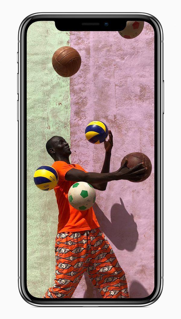 iPhone X vs iPhone 8 Plus - Pixel 2 vs iPhone 8