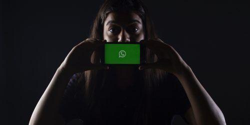 verificación en dos pasos whatsapp. confirmación de lectura