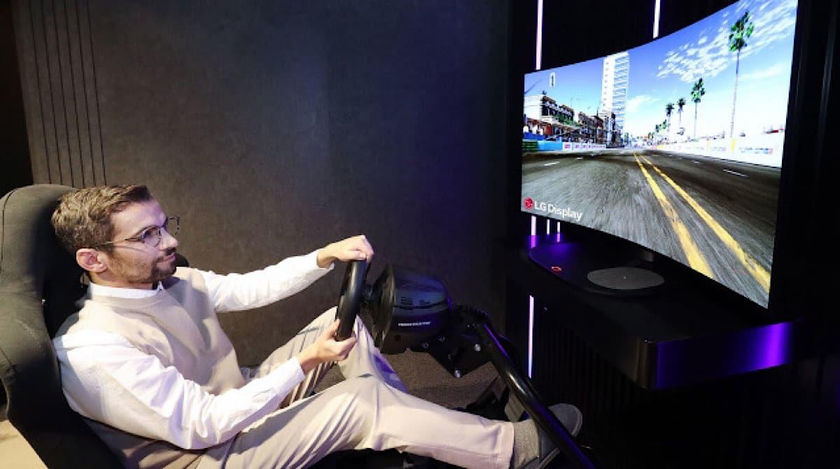 monitor gamer OLED flexible de LG